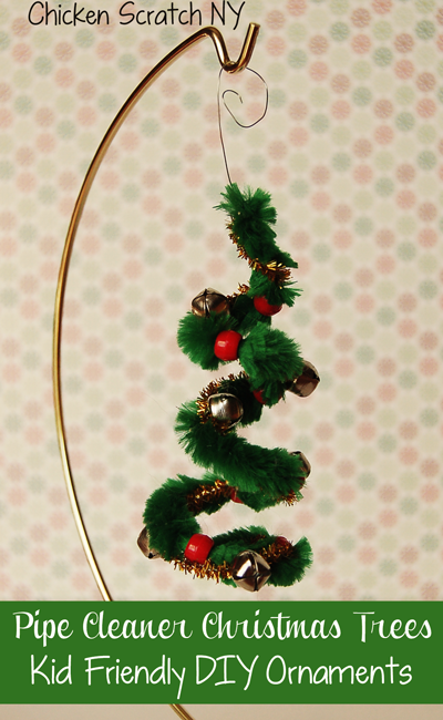 Pipe-Cleaner-Christmas-Tree