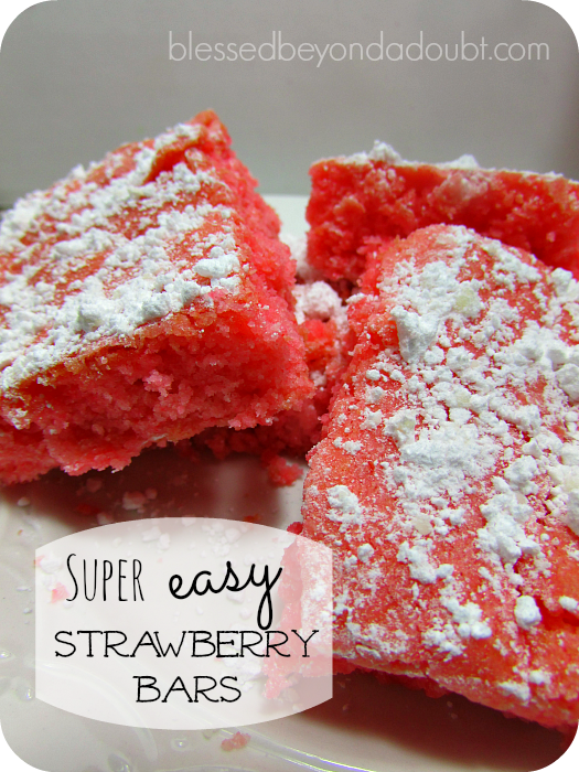 So EASY Strawberry Bars recipe