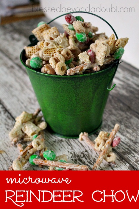 Super easy Reindeer Chow that makes the perfect snack gifts. It's always a hit each year.