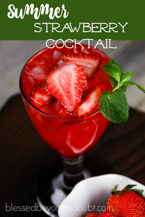 Summer Strawberry Cocktail_featured