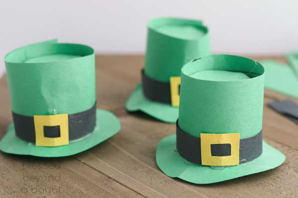 These K-Cup Leprechaun hats are so easy to make. They use supplies that you already have at home.