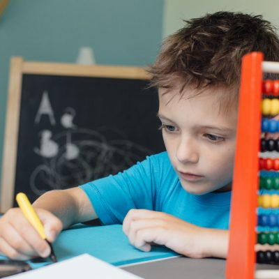 Pros and Cons of a 4-Day Homeschool Week
